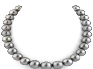 Everything You Need To Know About Buying Pearls Online