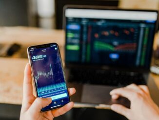How to Trade Online With the Smartphone